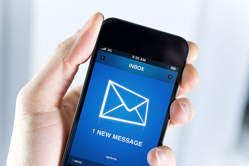 MVNOでもキャリアメールを使う方法とは?